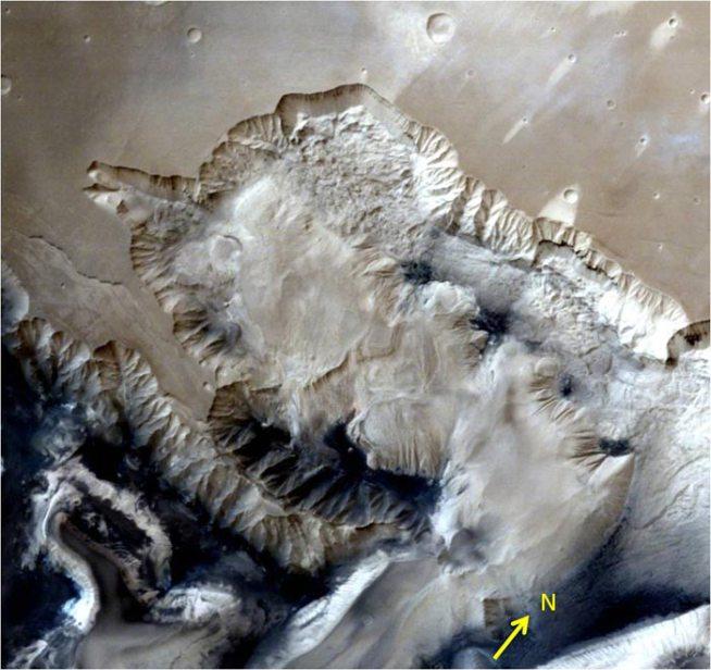 भारताच्या मंगळयानाने टिपलेली अद्भूत छायाचित्रे..