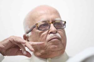 Union Budget 2016, L K Advani , BJP, Arun jaitley, Loksatta, Loksatta news, Marathi, Marathi news