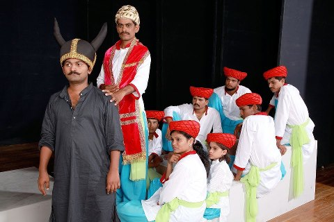 shivaji underground in bhimnagar mohalla , Marthi natak, Drama, मराठी नाटक, शिवाजी अंडरग्राउंड इन भीमनगर मोहल्ला, Entertainment news, Loksatta, Loksatta news, Marathi, marathi news