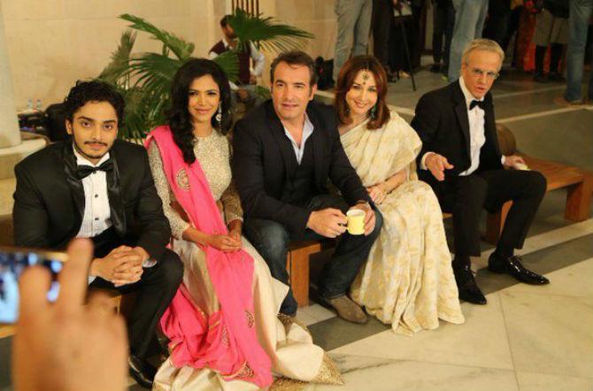 ऑस्कर विजेता दिग्दर्शक क्लॉड लेल्यूश यांच्या 'अ प्लू युन' या फ्रेंच सिनेमात श्रियाने काम केले आहे.
