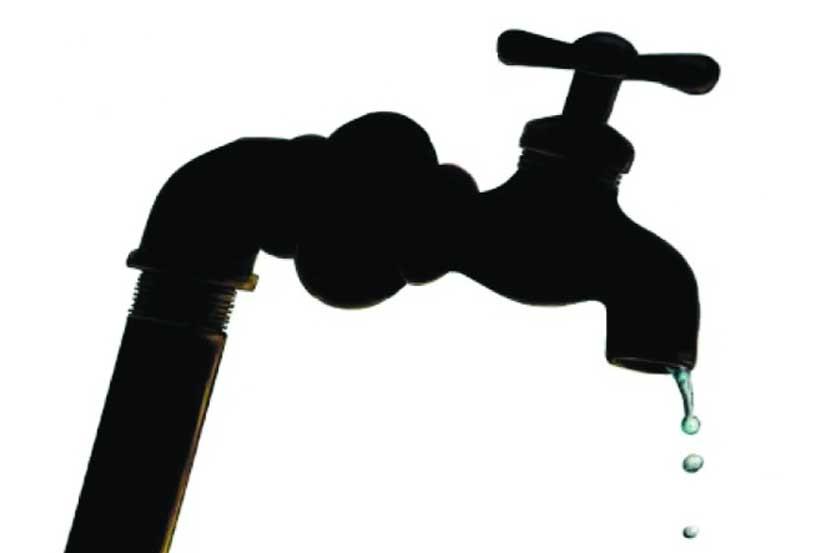 snake , Kalyan , water tab , BMC, water pipelines, Loksatta, loksatta news, Marathi, Marathi news