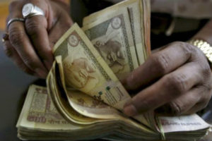 old 500 and 1000 notes , old notes seized