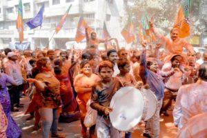 Nashik Mahanagarpalika Election 2017 , Police , Crime, Police take action against people creating tension , MNS, BJP, Congress, Shivsena, loksatta, Loksatta news, Marathi, Marathi news