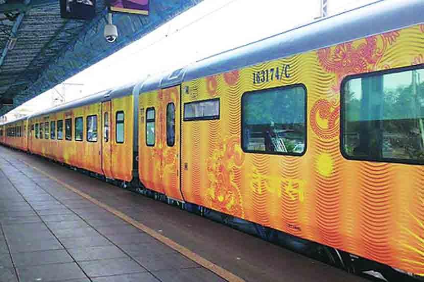 Tejas Express leaves Goa 3 hours late , Railway, Train, Konkan Railway , Mumbai to Goa, Monsoon, Travel, Loksatta, Loksatta news, Marathi, Marathi news