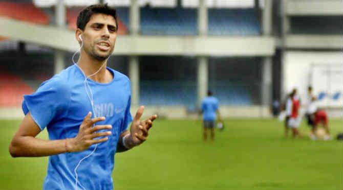 यंदाच्या वर्षी इंग्लंडविरुद्ध घरच्या मैदानात खेळवल्या गेलेल्या टी-२० मालिकेत आशिष नेहरा भारताकडून शेवटचा खेळला.