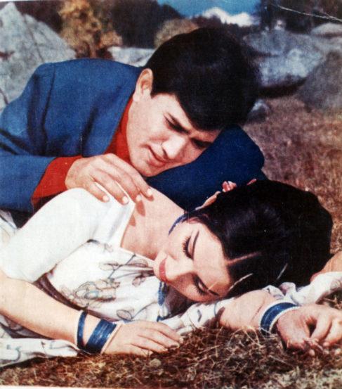 'आराधना' चित्रपटात राजेश खन्ना आणि शर्मिला टागोर (छाया सौजन्य- एक्सप्रेस आर्काईव्ह्ज)