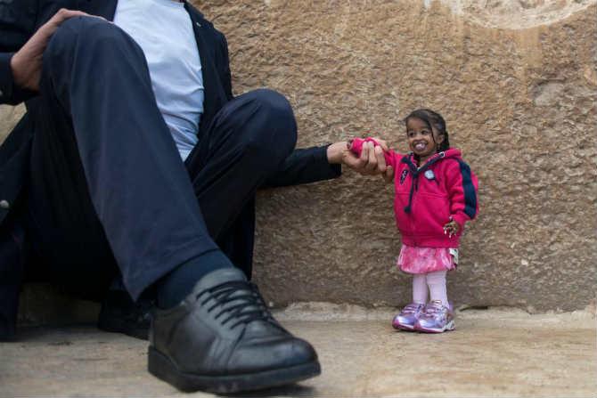 या दोघांनाही इजिप्तियन टुरिझम प्रमोशन बोर्डकडून फोटोशूट करण्यासाठी बोलवण्यात आले होते. त्यांच्या फोटोमध्ये दिसणाऱ्या इजिप्तमधील निसर्गसौंदर्यामुळे येथील पर्यटनाला चालना मिळेल असे येथील पर्यटन विभागाचे म्हणणे आहे.