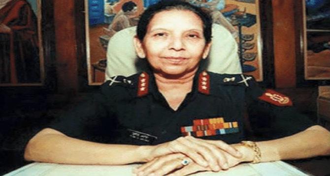 प्रिया जिंघन - भारतीय सैन्यात भरती होणाऱ्या प्रिया जिंघन या पहिल्या महिला आहेत.
