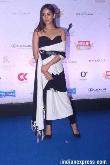 अभिनेता शाहिद कपूरच्या अनुपस्थितीत त्याची पत्नी मीरा राजपूत हिने त्याचा पुरस्कार स्वीकारला. (छाया : Varinder Chawla)