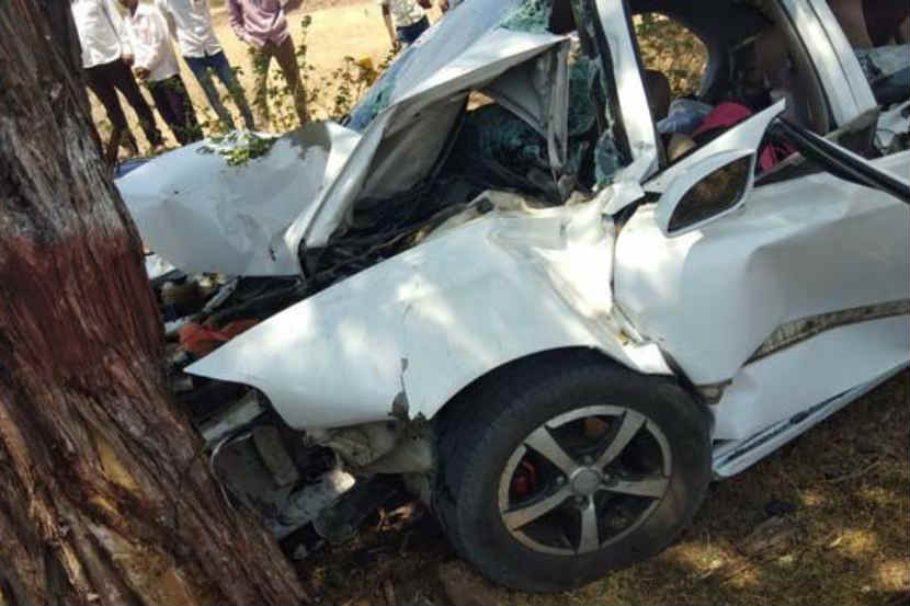 satara, car accident