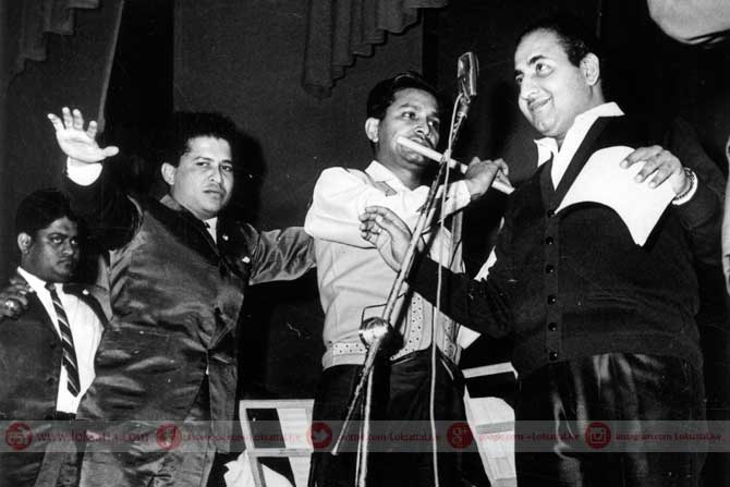 मोहम्मद रफी आणि संगीत दिग्दर्शक जोडी, लक्ष्मीकांत- प्यारेलाल. (छाया सौजन्य- एक्स्प्रेस आर्काइव्ज)