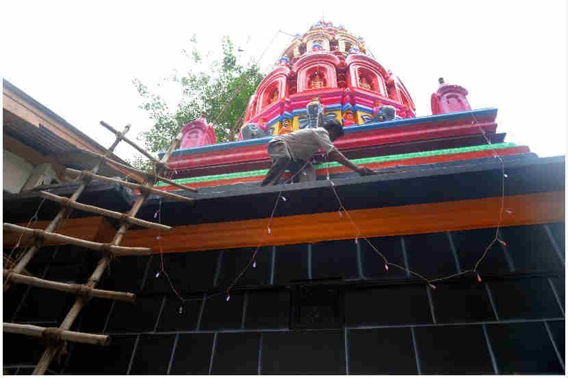 नाना पेठ: मंदिरावर विद्युत रोषणाई करण्यात आली आहे.