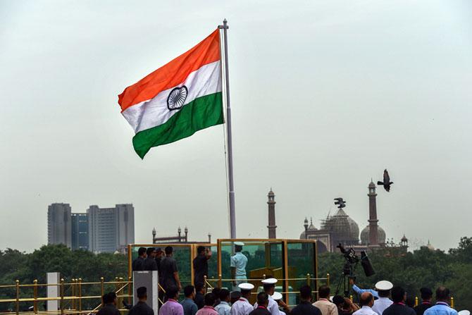 ७२ व्या स्वातंत्र्य दिनानिमित्त दिल्लीतील लाल किल्ल्यावरील  काही निवडक छायाचित्र ( छाया सौजन्य : पीटीआय)