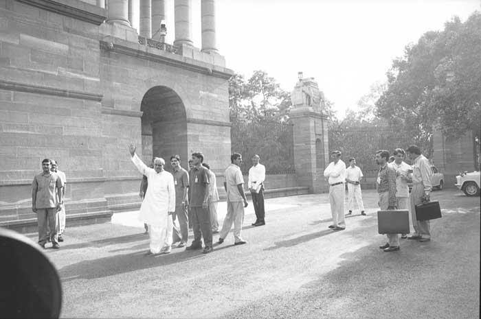 अटल बिहारी वाजपेयी भारताचे १० वे पंतप्रधान होते.