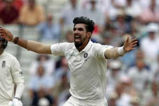 Eng vs Ind Test : भारताचा अनुभवी वेगवान गोलंदाज इशांत शर्मा याने आपल्या गोलंदाजीची चमक दुसऱ्या डावात दाखवून दिली. त्याने दुसऱ्या डावात तब्बल ५ बळी टिपले.
