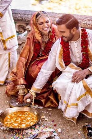 गेल्या सहा वर्षांपासून रणवीर- दीपिका एकमेकांना डेट करत आहेत.