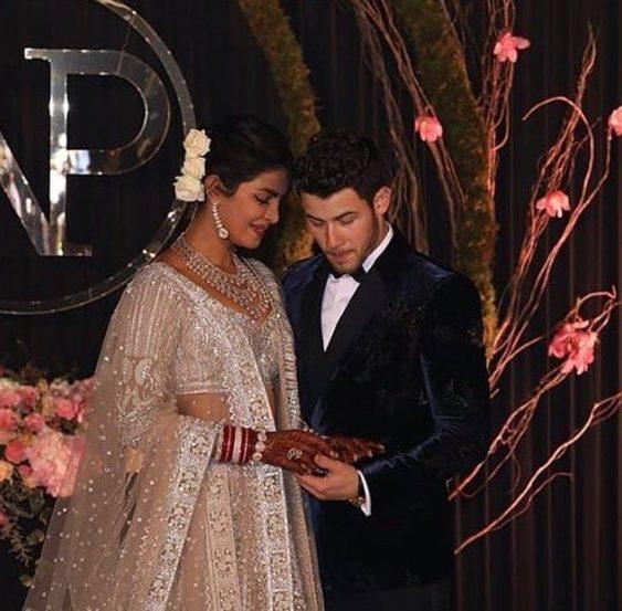 मंगळवारी दिल्लीतील ताज महल पॅलेस हॉटेलमध्ये प्रियांका-निकचं रिसेप्शन पार पडलं