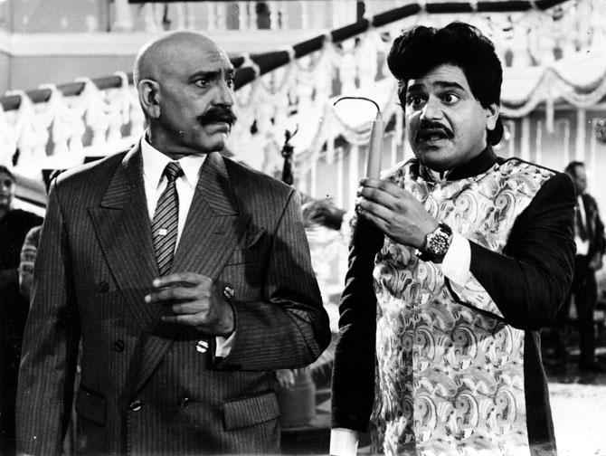 लक्ष्मीकांत यांनी मराठीसोबतचे बॉलीवूडमध्येही आपली जादू दाखविली. त्यांनी हिंदी चित्रपटसृष्टीत अनेक बड्या कलाकारांसोबत काम केले. 'संग्राम' या चित्रपटात त्यांनी अमरिश पुरी यांच्यासोबत काम केले होते.