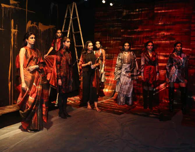 Lakme Fashion Week 2019 : रॅम्पवरील 'हा' जलवा पाहिलात का ?