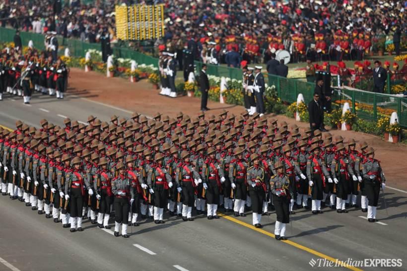 देशभरात ७०वा प्रजासत्ताक दिन उत्साहात साजरा करण्यात येत आहे. त्यानिमित्त दिल्लीत राजपथावर भारतीय संस्कृतीचं दर्शन घडवण्यात आलं असून भारतीय लष्कराकडून आपल्या विराट शक्तीचं दर्शन घडवलं गेलं.