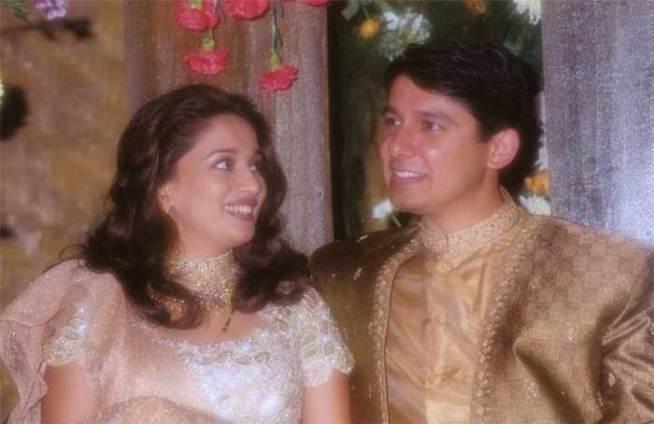 तिला लहाणपणापासून डॉक्टर बनण्याची इच्छा होती. पण, ती पूर्ण न झाल्याने तिने आपला जीवनसाथी डॉक्टरच निवडला. माधुरीने डॉ. श्रीराम नेने यांच्याशी विवाह केला.