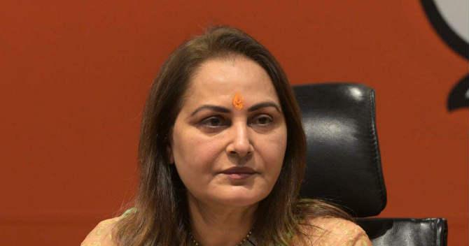 बॉलिवूडची लोकप्रिय अभिनेत्री जया प्रदा उत्तर प्रदेशमधील रामपूर मतदारसंघातून भारतीय जनता पक्षाकडून निवडणूक लढवत आहेत.