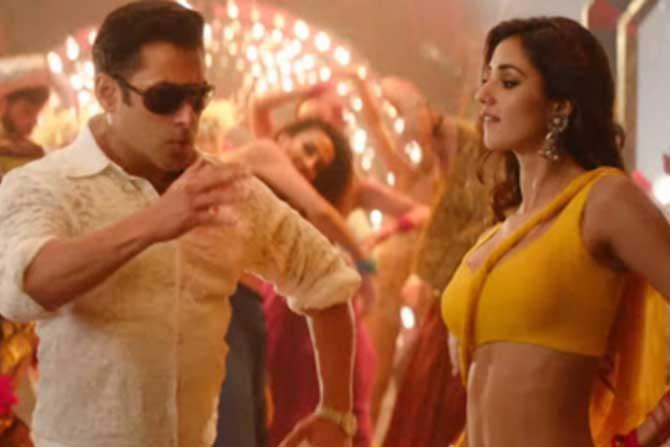 काही दिवसांपूर्वी प्रदर्शित झालेल्या 'भारत' या चित्रपटामध्ये दिशा 'स्लो मोशन' या गाण्यात झळकली होती.