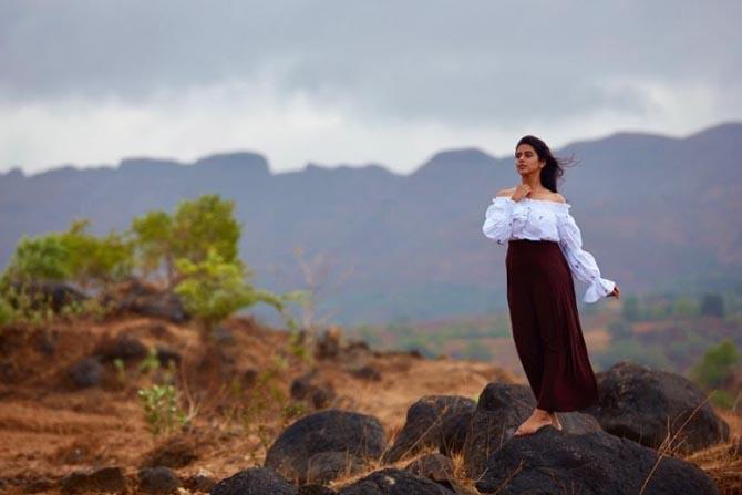 'कन्यादान', 'इथेच टाका तंबू' या मालिकांमधून प्रेक्षकांचं मनोरंजन करणारी अभिनेत्री म्हणजे मधुरा देशपांडे.
