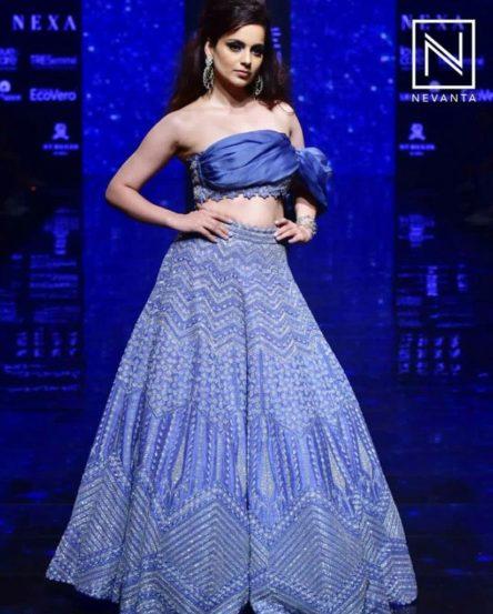 कंगना रणौतचा हा सुंदर ड्रेस फॅशन डिझायनर दिशा पाटीने डिझाइन केला आहे.