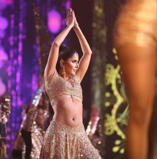 इंटरनॅशनल इंडियन फिल्म अॅकॅडमी अर्थात आयफा पुरस्कार सोहळा नुकताच मुंबईमध्ये पार पडला. यंदा या सोहळ्याचं हे २० वर्ष होतं