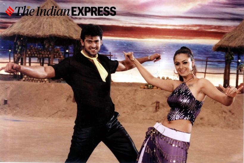 तेलुगू चित्रपटांचा सुपरस्टार प्रभासने एका हिंदी चित्रपटातही काम केलं आहे. अजय देवगणच्या 'अॅक्शन जॅक्सन' या चित्रपटातील एका गाण्यात तो दिसला होता.