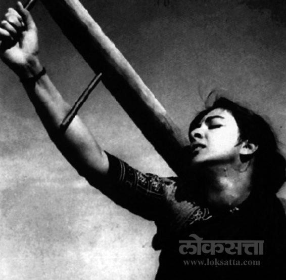 श्री ४२० आणि मदर इंडिया हे त्यांचे विशेष गाजलेले चित्रपट.