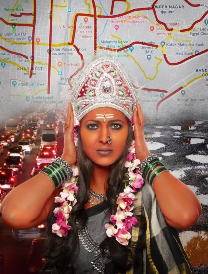 मुंबईच्या दुर्दशेचं चित्र दाखवणारे हे मुंबादेवीचं रुप